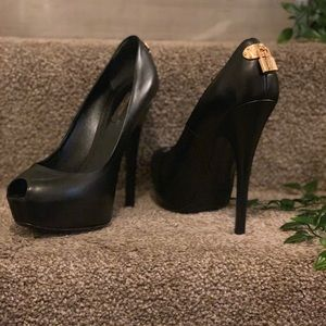 Louis Vuitton Blk Leather Platform Peep Toe Heels